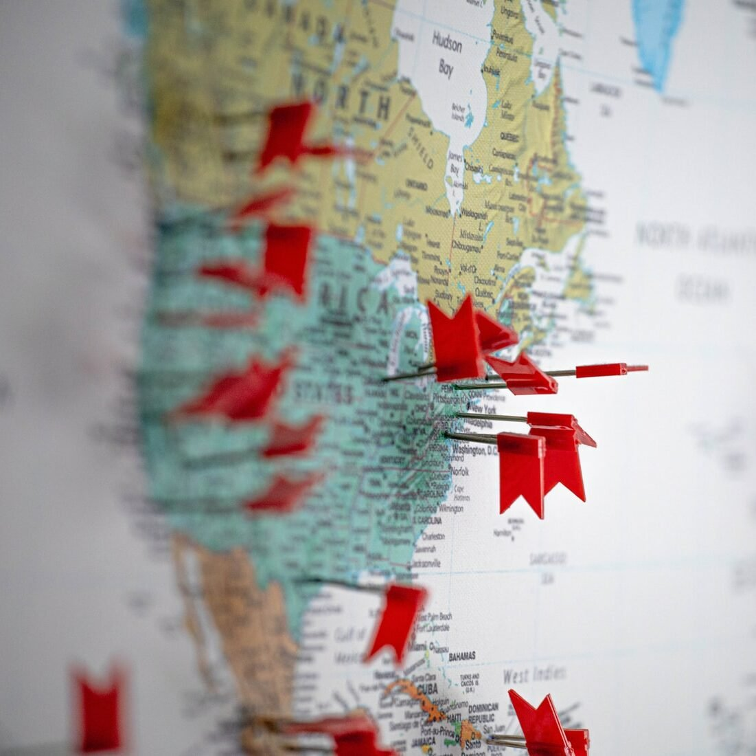 US and Canada map with pins indicating to open new dispensary